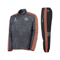 Manchester United dres Adidas
